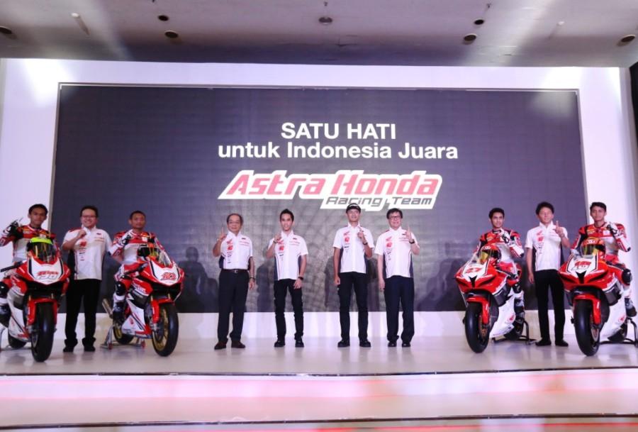 Pebalap Astra Honda Siap Ukir Prestasi untuk Indonesia (pressrelease)